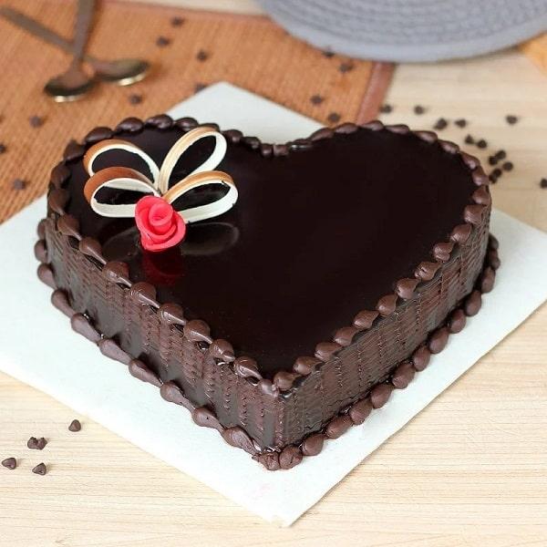 Chocoholic Love Cake