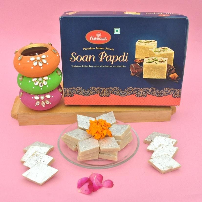 Sweets N Diya Combo