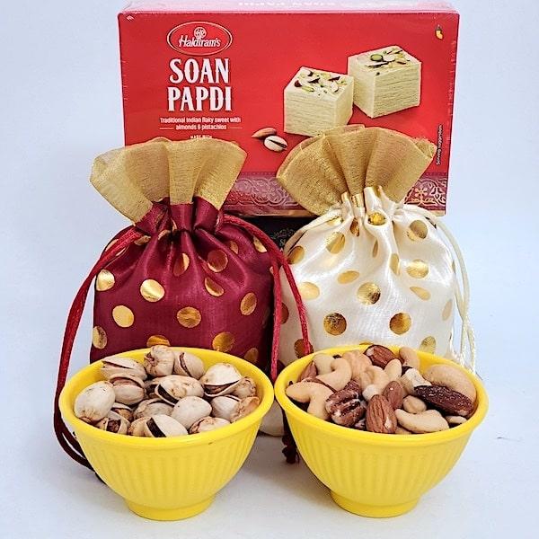Soan & Mixed Nuts
