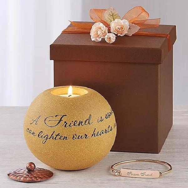 Friendship Keepsake Candle with Bracelet
