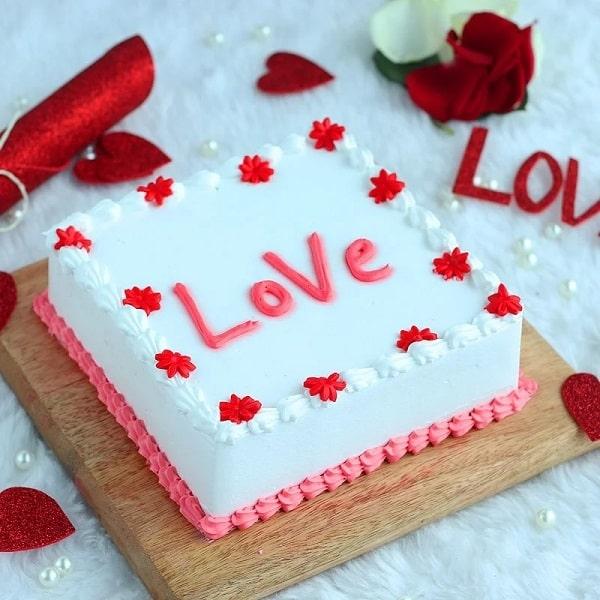 Love Blooming Red N White
