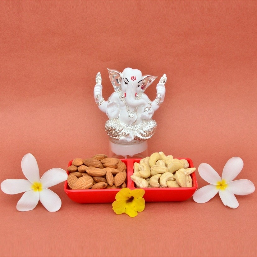 Silver Ganesha & Dry Fruits Combo
