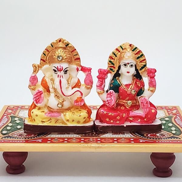 Lakshmi Ganesha on Chowki