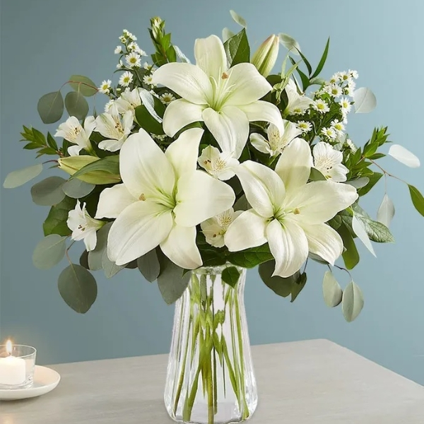 All White Lily Bouquet in Vase