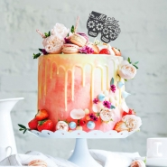 Delicious Fruity Vanilla Flavour Large Cake