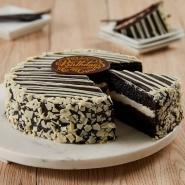 White & Chocolate Mousse Cake