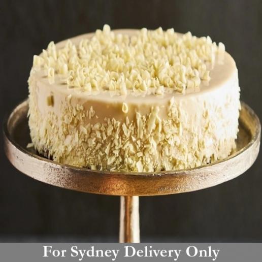 Vanilla Sponge & Raspberry Cake