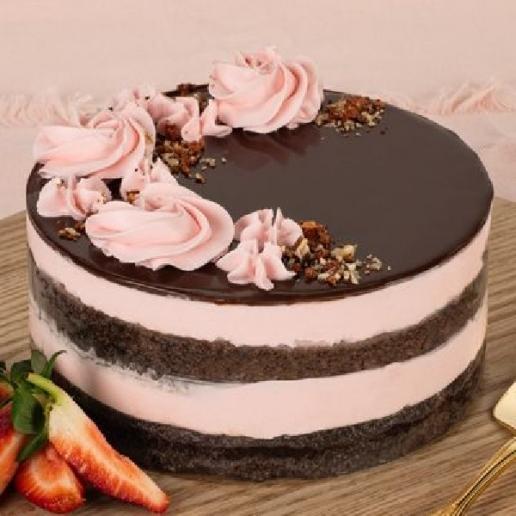 Eggless Strawberry Choco Cake