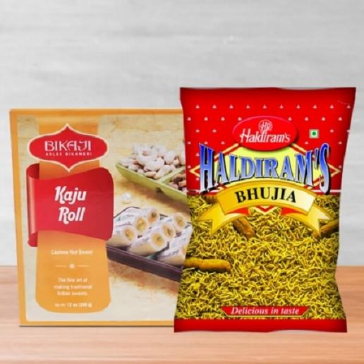 Kaju Roll & Bikaneri Bhujia