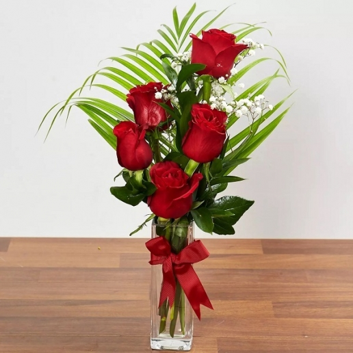 Beautiful Red Rose Arrangement