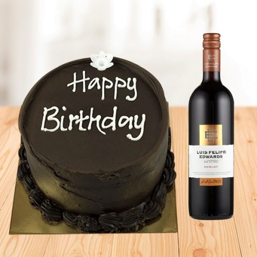 Chocolate cake and Red wine